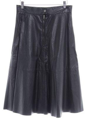 H&M Falda de cuero de imitación negro reluciente