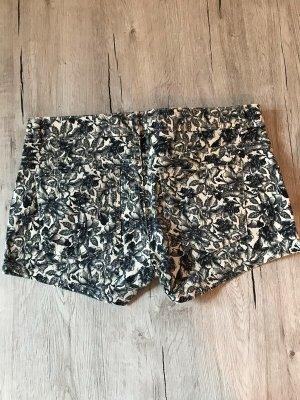 H&M kurze Jeanshose Größe S