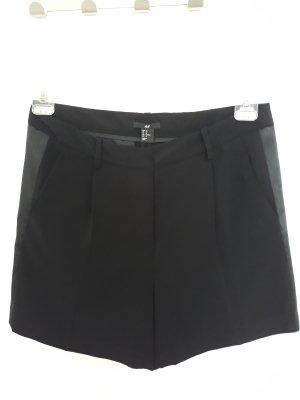 H&M Short Trousers black