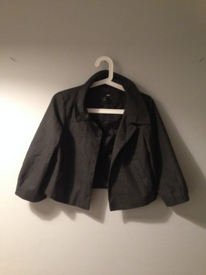 H&M kurzer Blazer / Etui Jacke in S neuwertig