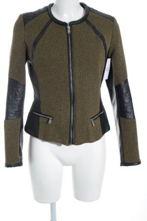 H&M Kurzjacke schwarz-olivgrün Webmuster Street-Fashion-Look