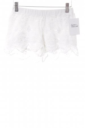 H&M L.O.G.G. Shorts weiß Romantik-Look