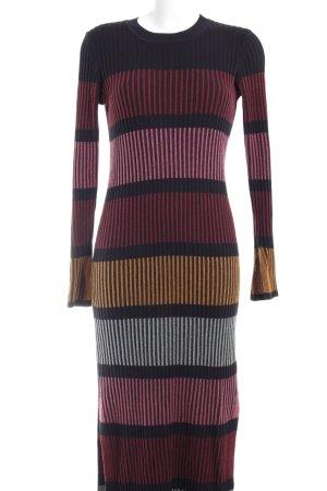 H&M Langarmkleid Streifenmuster Street-Fashion-Look