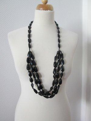 H&M lange mehrreihige Kette aus schwarzen Steinen