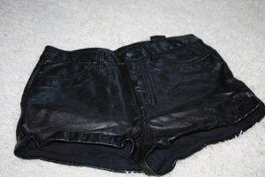 H&M Divided Pantalón corto negro Poliuretano