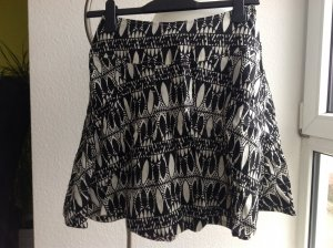 H&M Circle Skirt black-white linen