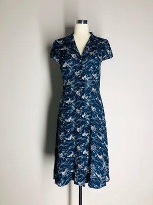 H&M luftiges Sommerkleid, blau/weiß