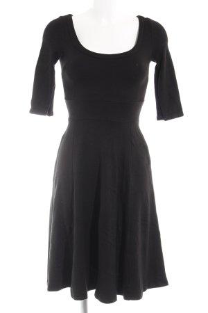 H&M Midikleid schwarz klassischer Stil