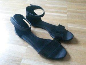 h&m minimalistische Sandalen 36 schwarz cos zara