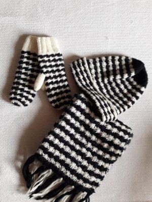 H&M. Mütze,Schal,Handschuhe. dunkelblau, weiß.