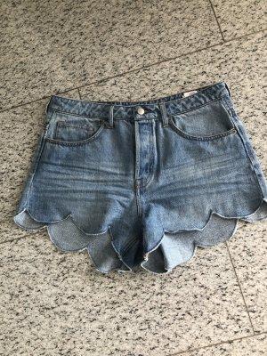 H&M NEU kurze Jeansshorts in hellem Jeans
