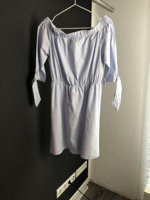 H&M Off-Shoulder Kleid
