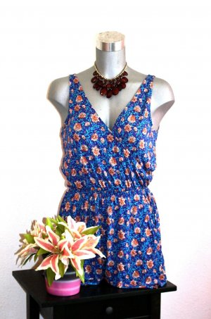 H&M Overall Jumpsuit Gr. 36/38 Flower Design