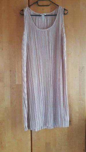 H&M Plissee Kleid