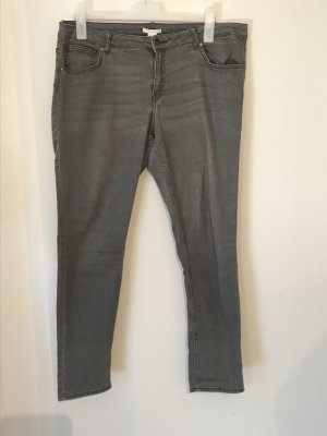 H&M Plus Size Jeans Gr.46 grau slim fit Röhrenjeans Hose