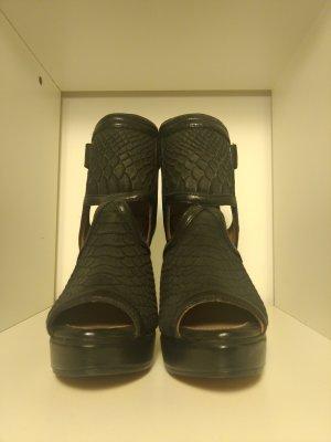 H&M Premium Quality Leder Cut Out Stiefeletten schwarz Gr. 37