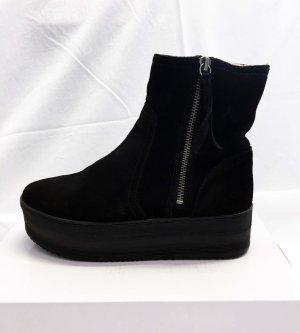 H&M Premium Winter Booties black suede