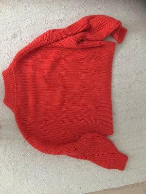 Pullover all'uncinetto rosso chiaro