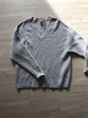 H&M Pullover grau V Ausschnitt Gr. S M Wolle