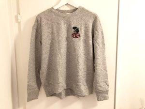 H&M Pullover S / 36 grau Kirsche Strass rot Sweater Sweatshirt Top neu
