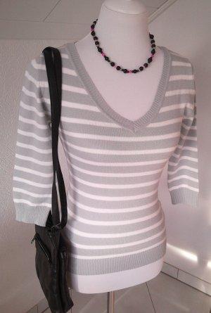 H&M, Pullover,Shirt, gestreift grau,weiß, V-Ausschnitt,Gr.xs,34