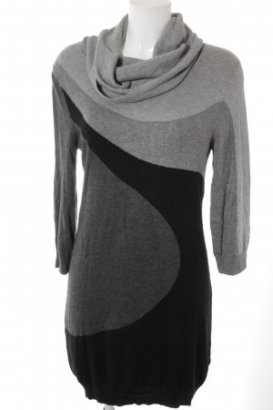 H&M Sweater Dress color blocking casual look