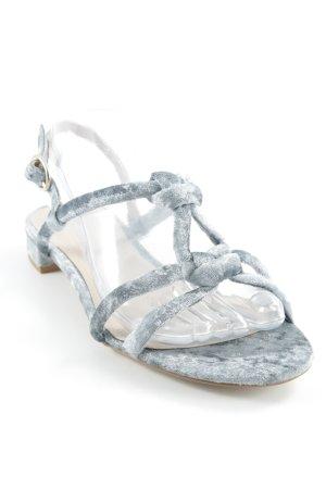 H&M Riemchen-Sandalen beige-graublau Street-Fashion-Look