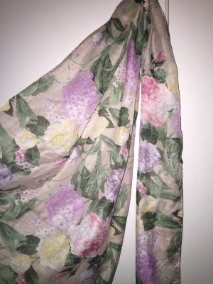 H&M Schaltuch im Blumenmuster