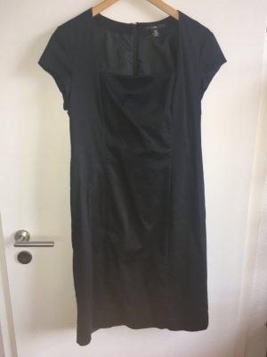 H&M schönes schwarzes Etuikleid Gr.46