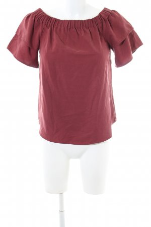 H&M Off-The-Shoulder Top red casual look