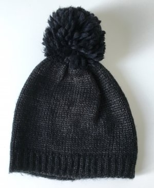 H&M - Schwarze Strickmütze Pudelmütze