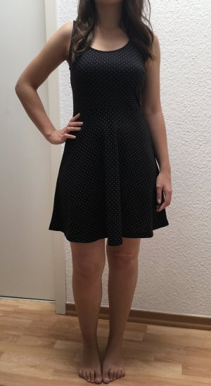 H&M schwarzes Punkte Kleid in XS (auch S)