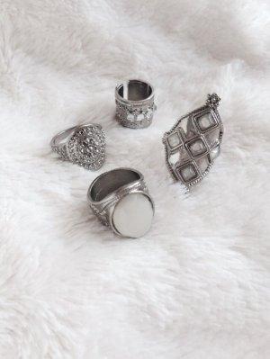 H&M • Set aus 4 Ringen