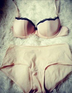 Set lingerie crema