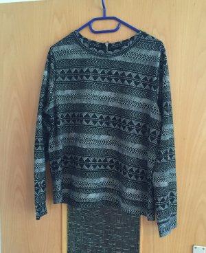 H&M Shirt schwarz weiß Azteken Muster gr. M Blogger