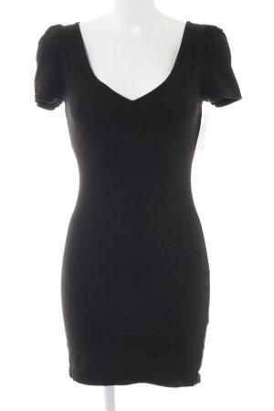 H&M T-shirt jurk zwart casual uitstraling