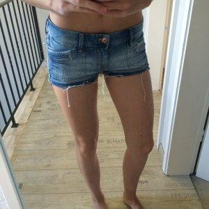 H&M Shorts 38 blau rosé