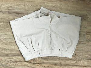 H & M Shorts // Beige // Größe 34