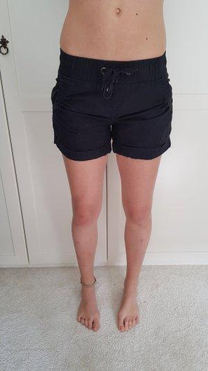 H&M - Shorts; Gr. 34