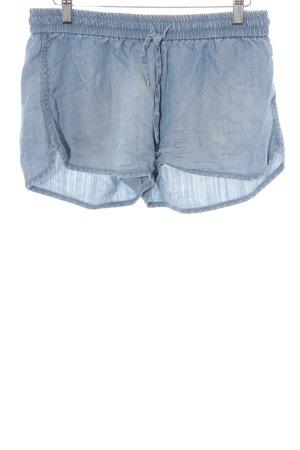 H&M Shorts himmelblau Beach-Look
