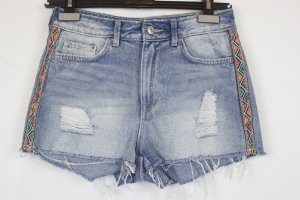 H&M Shorts Jeansshorts Gr. 34 hellblau mit farbigen Aufnähern (18/3/056)