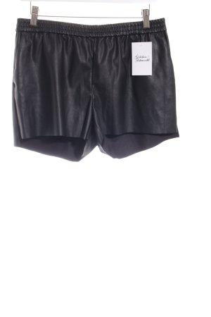H&M Shorts schwarz Street-Fashion-Look