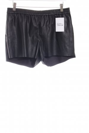 H&M Shorts schwarz Street-Fashion-Look