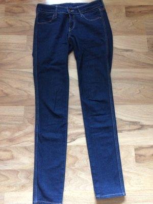 h&m skinny jeans in 27/34