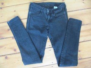 H&M SKINNY Low Waist 26/32 Schwarz Röhrenjeans Jeans