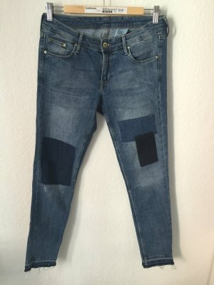 H&M Skinny Low Waist Ankle Jeans mit Patches