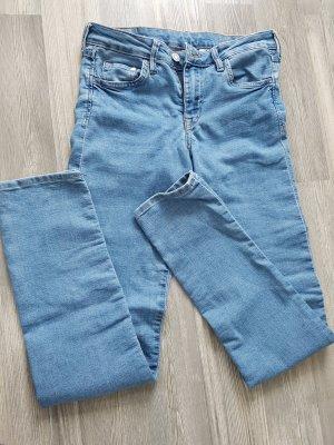 H&M Skinny LowWaist, Weite 26, helles Jeansblau