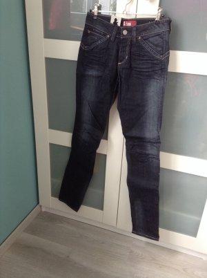 H&M slim fit damen jeans hose w26 L32 neu