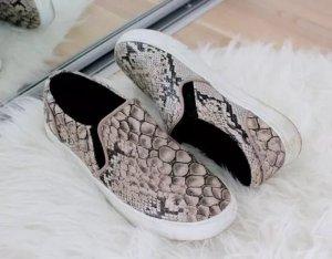 H&M Slipper Sneaker Kroko Schlangenmuster