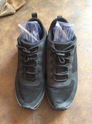 H&M Sneaker Gr 38 schwarz Korksohle